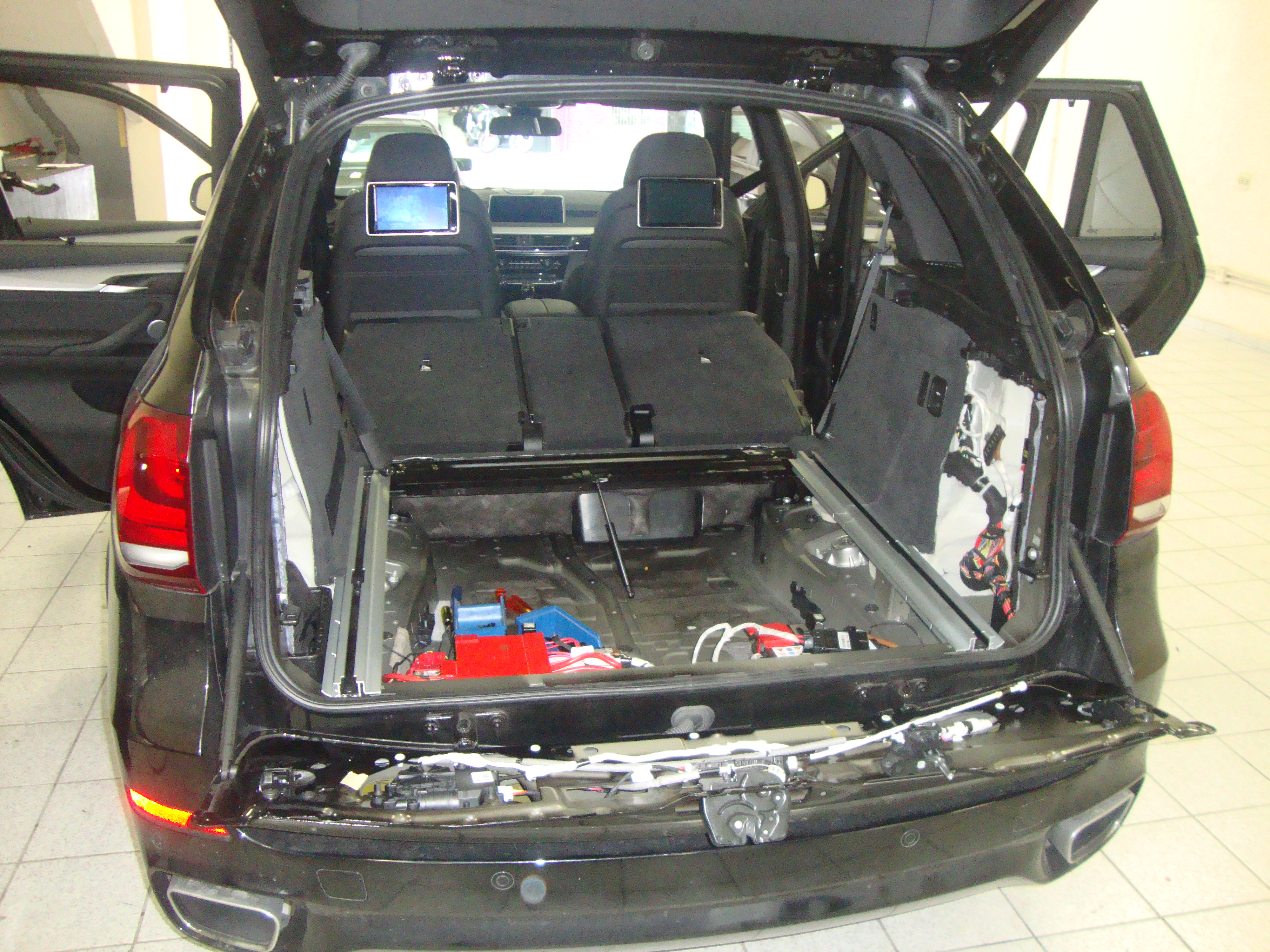 BMW X5 (9) (1)