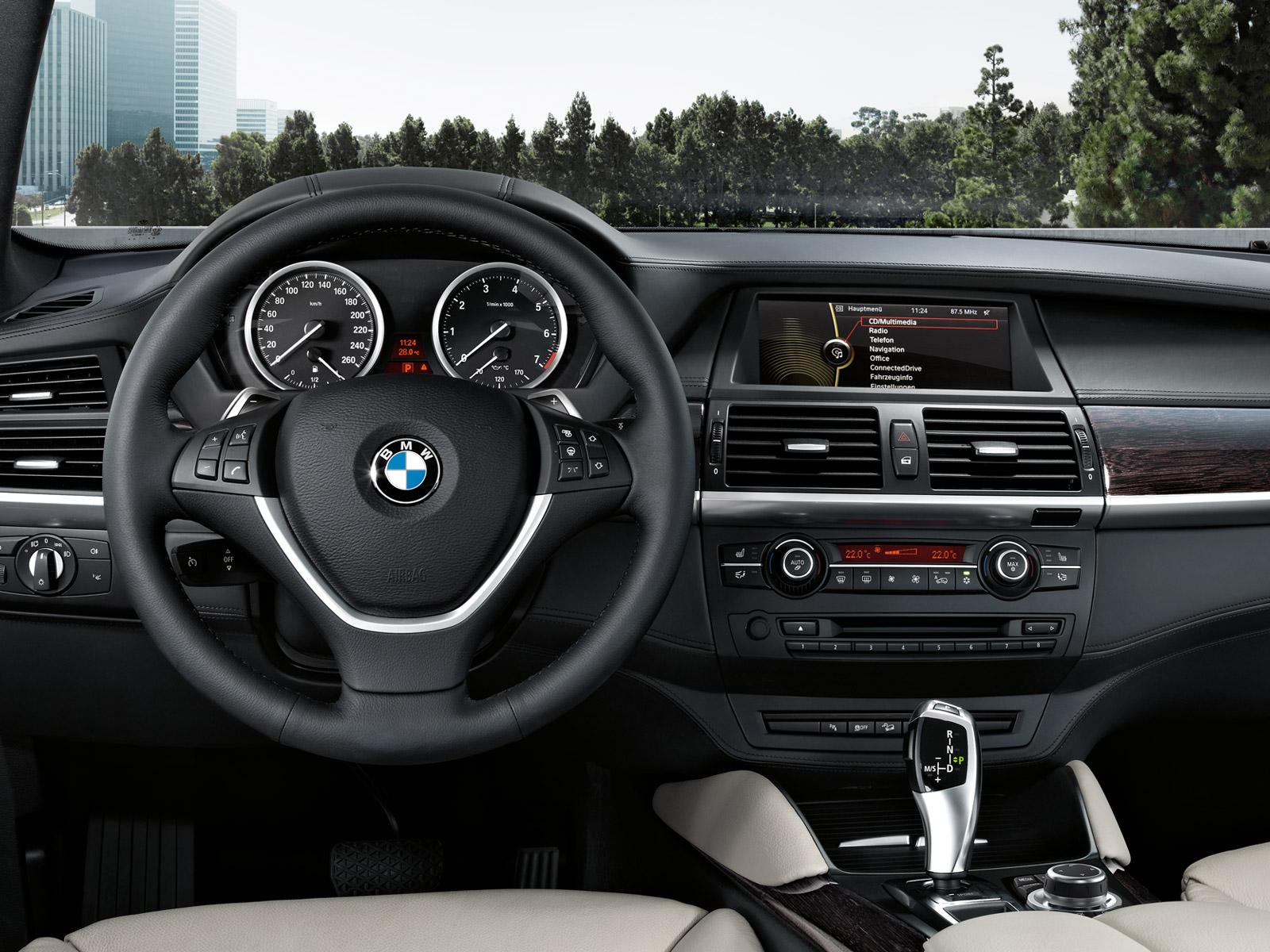 BMW_X6_Wallpaper_1600x1200_11